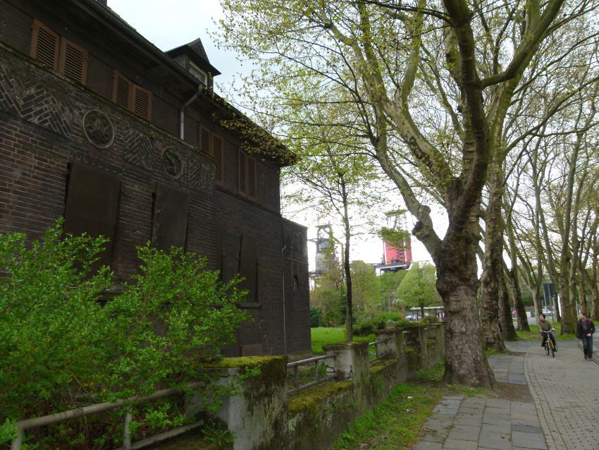 verfallenes Haus in Bruckhausen