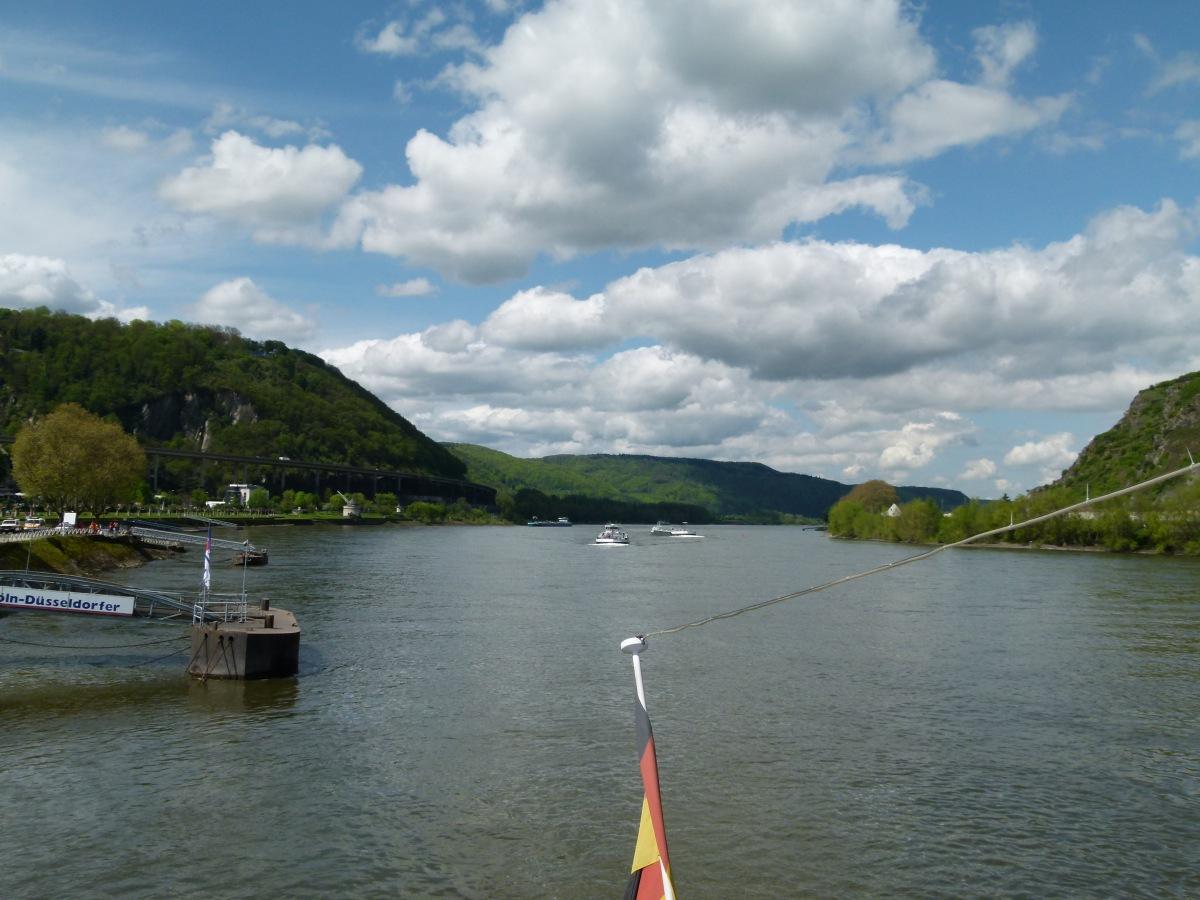 Blick Rheinabwärts von Andernach